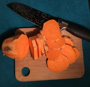 slicing-sweet-potatoes.jpg